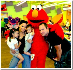 family with elmo
