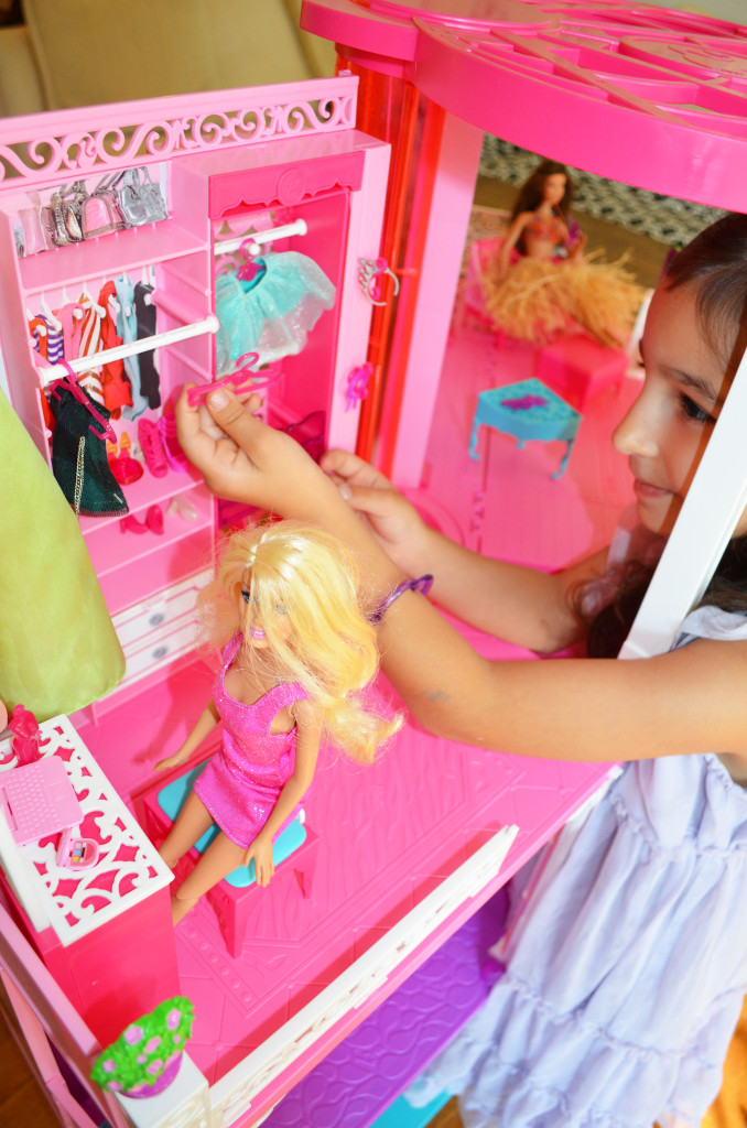 2013 Barbie Dreamhouse_edited-1