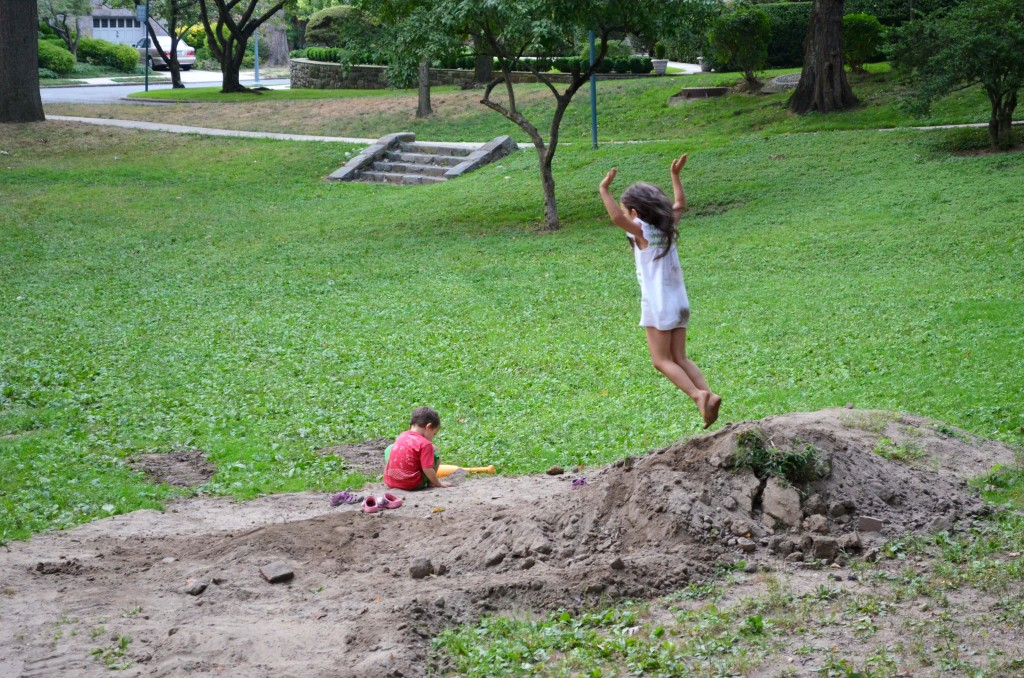 why playing in dirt is good for kids
