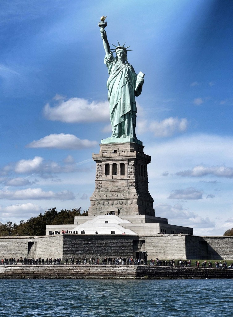 Statue of Liberty NYC cruise hudson river_edited-1