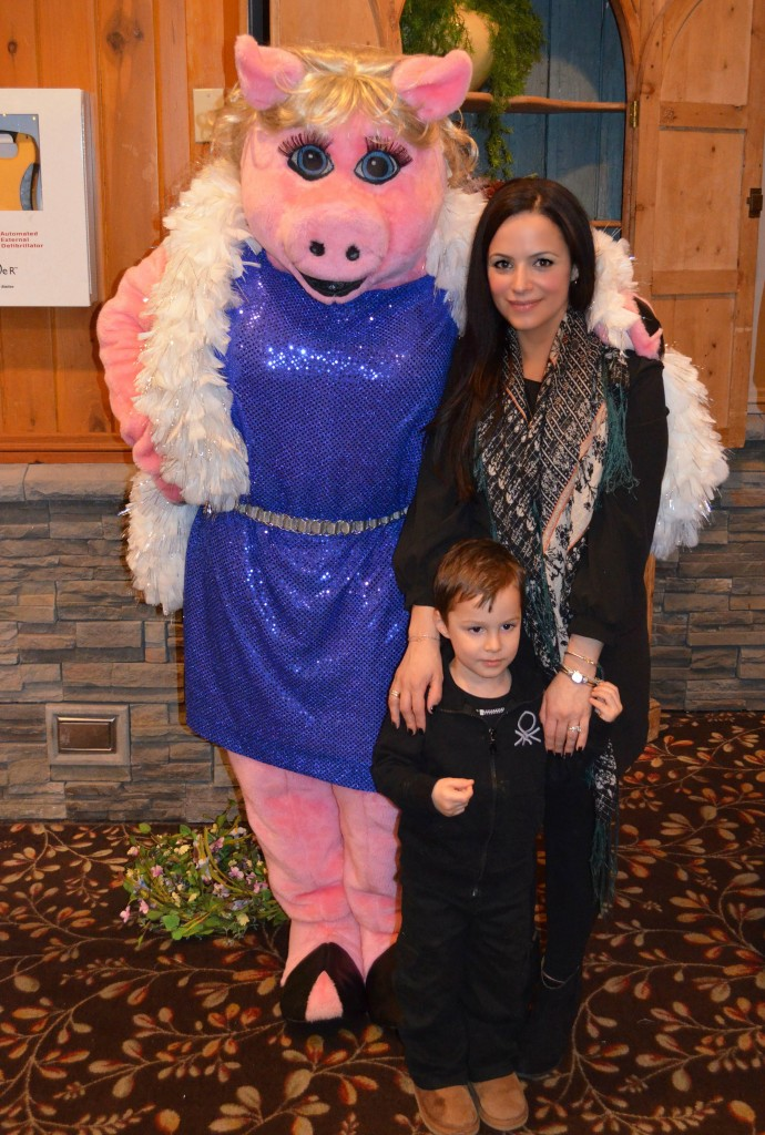 miss piggy at woodloch