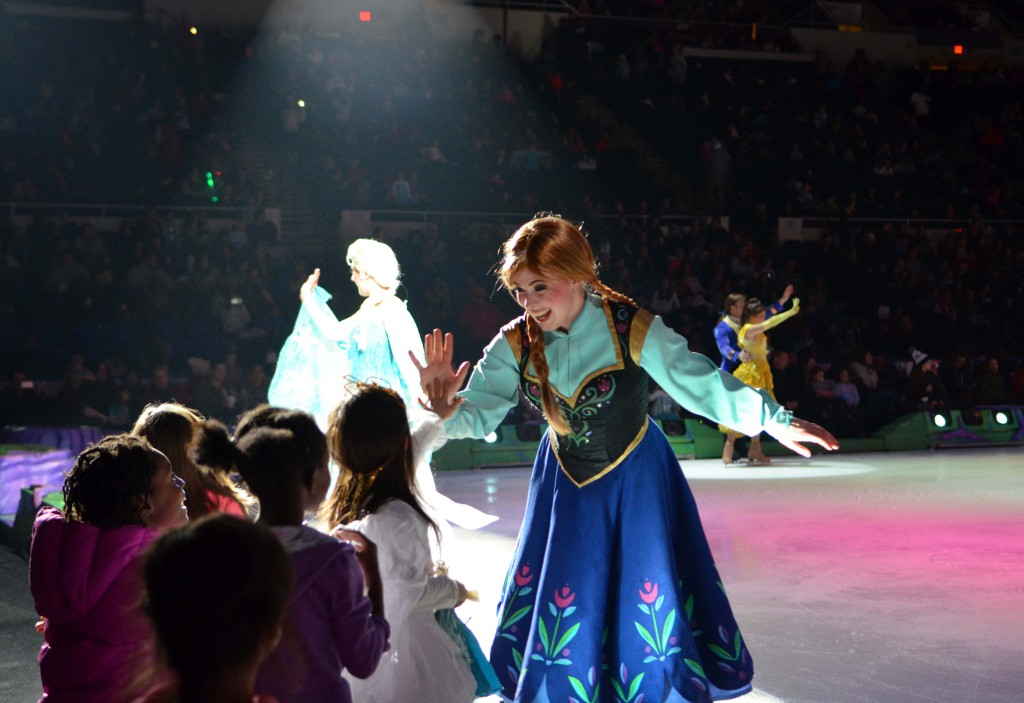 anna elsa disney on ice