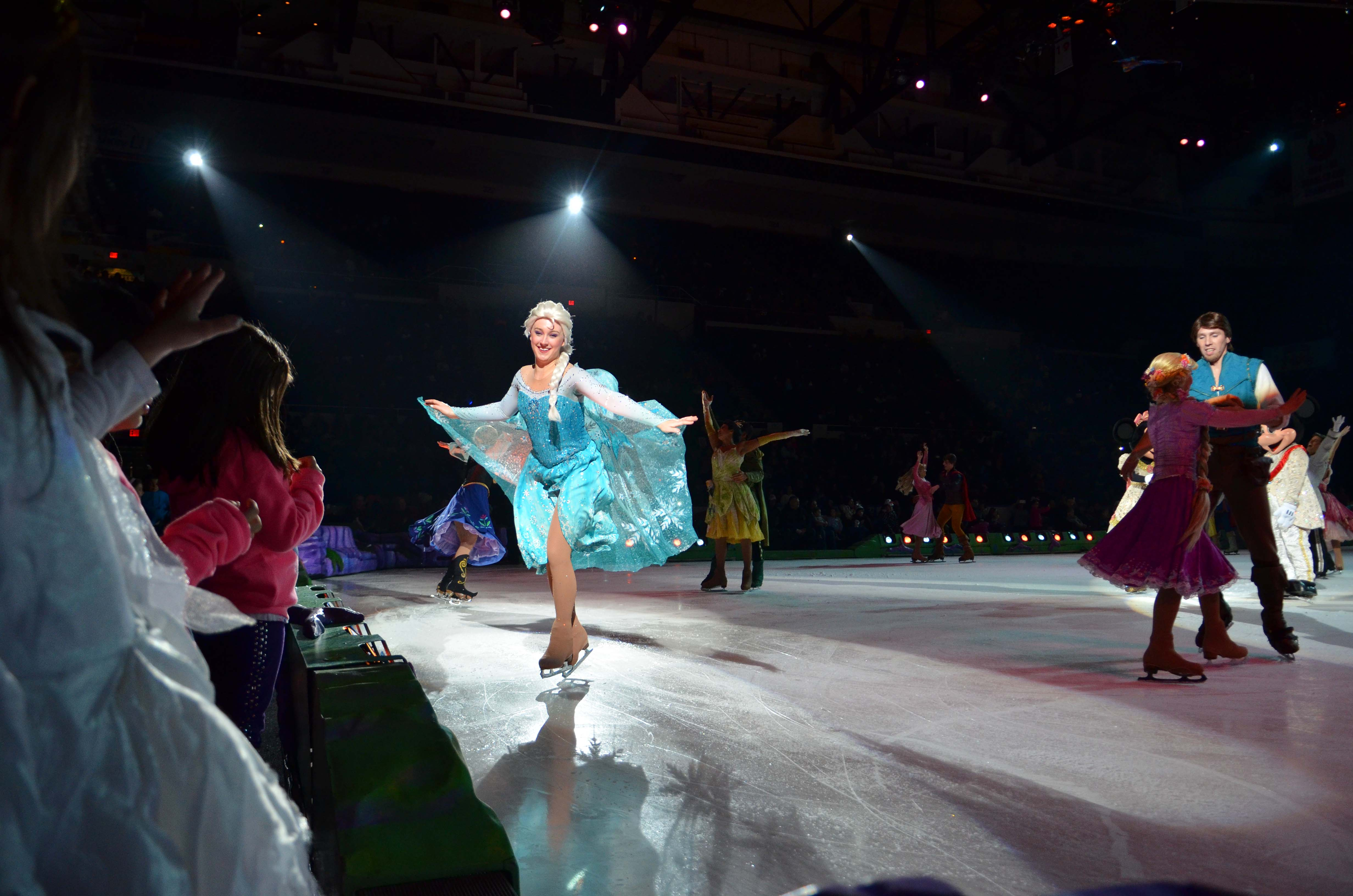 Dinsey On Ice Front Row Seating Review Marinobambinos