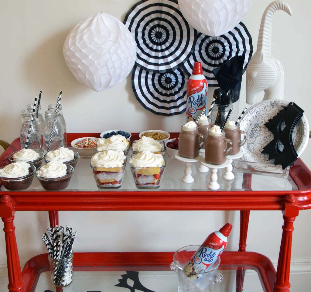 Reddi-wip-dessert-bar-easy-kids-party