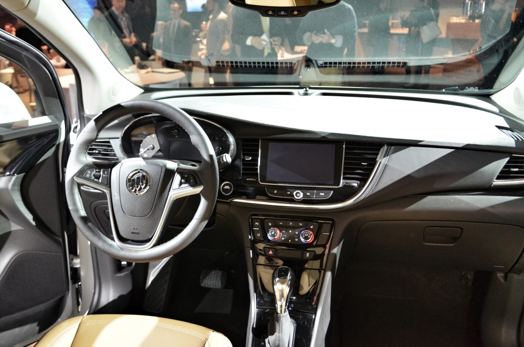 Buick-Encore-Luxury-Interior-SUV