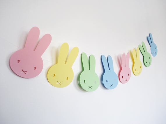 DIY-Easter-Bunny-Garland