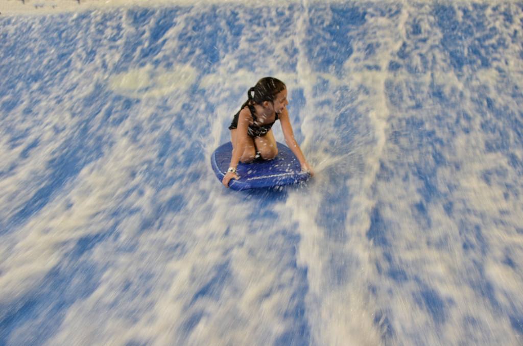 Flow-Rider-Surfing-Kalahari-Resorts-PA