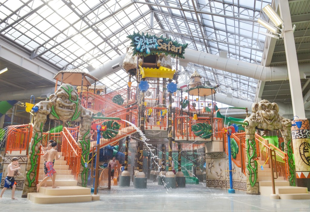 Kalahari-Resorts-Waterpark-Slides-Water-play