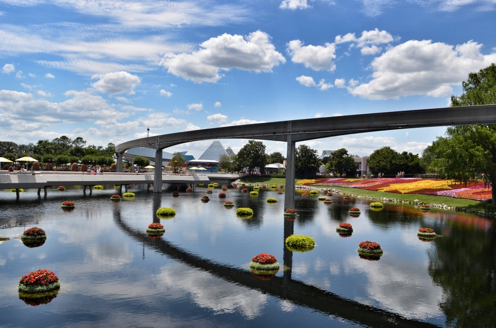 Epcot-Disney-World-DisneySMMC