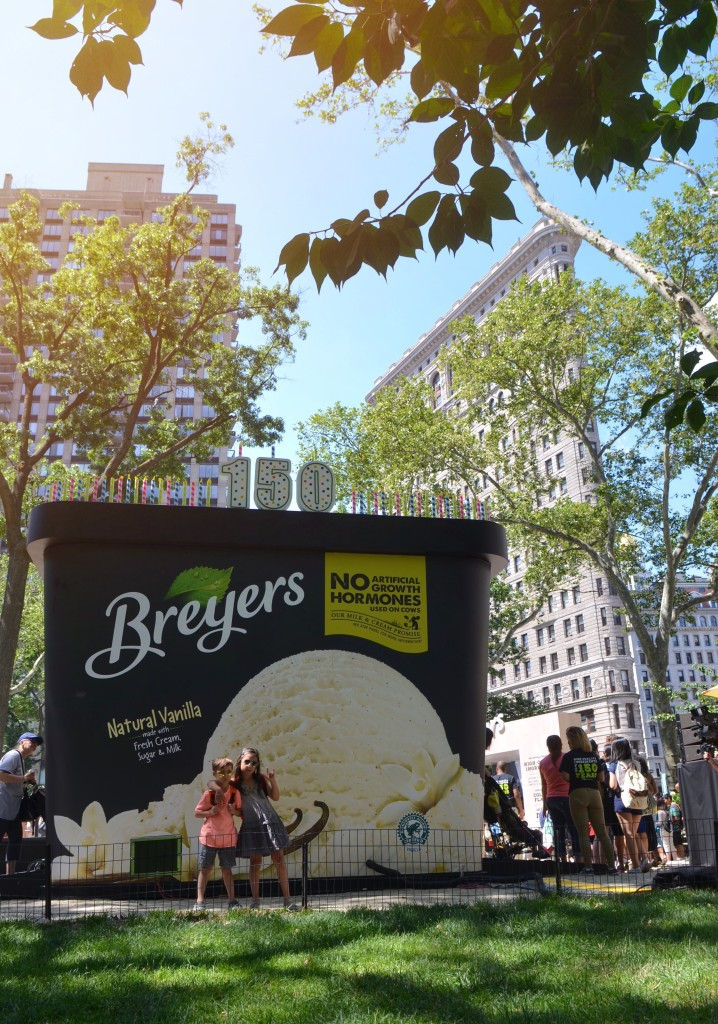 Breyers-Ice-Cream-Giant-Carton-Madison-Square-Park-NYC-Breyers150