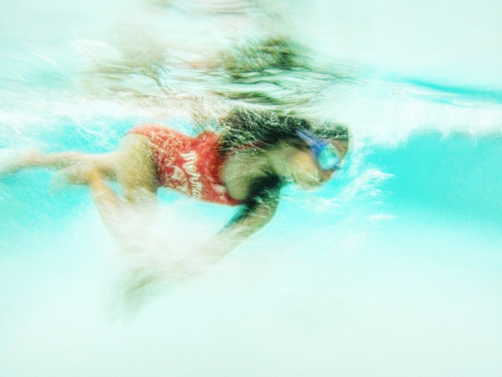 underwater-photography-family-travel-go-pro