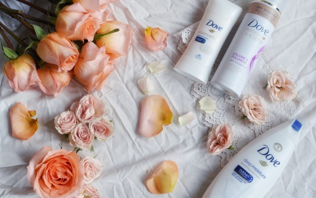On Fostering Confidence In Our Girls + Dove Giveaway