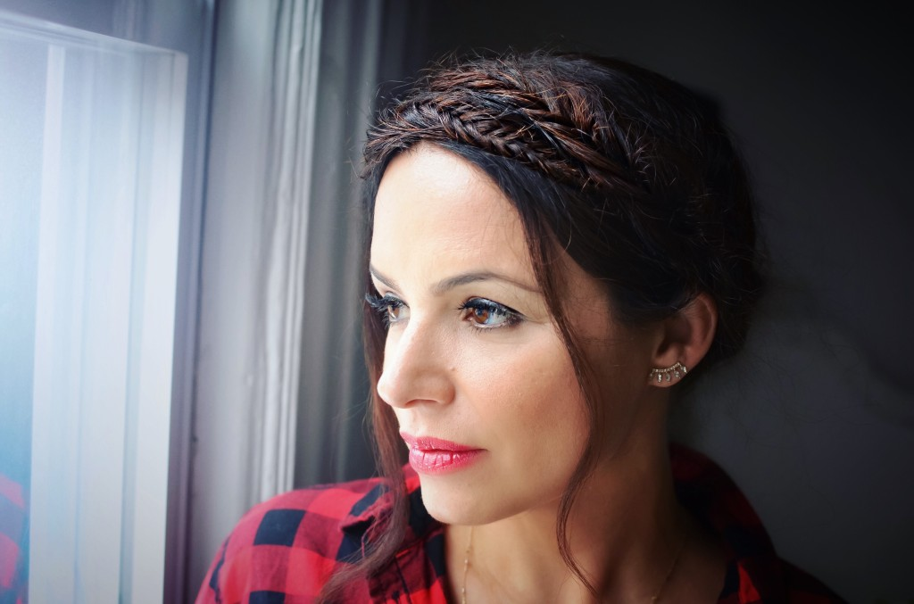 how-to-fishtail-milkmaid-braids-crown