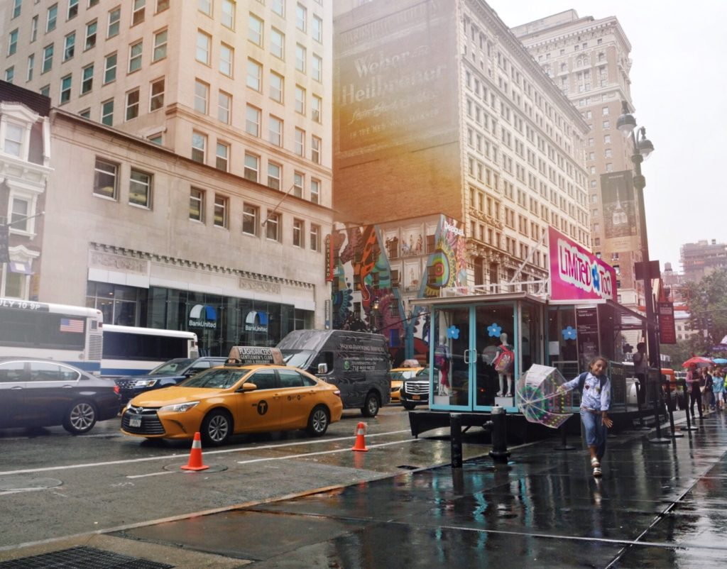 Limted-Too-mobile-Pop-Up-Shop-NYC