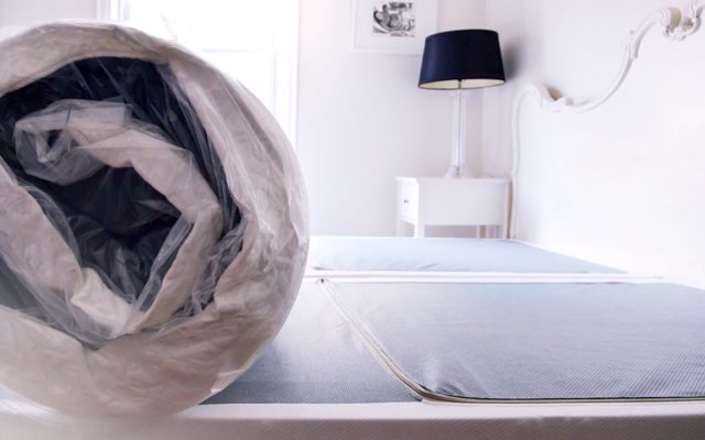 I Tested a Zinus Mattress, and Here's What Happened (+ Mattress & Platform Bed Giveaway!)